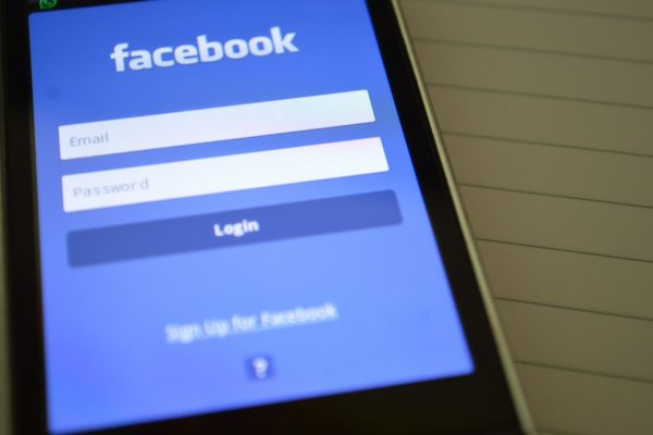 facebook-internet-login-screen-267482